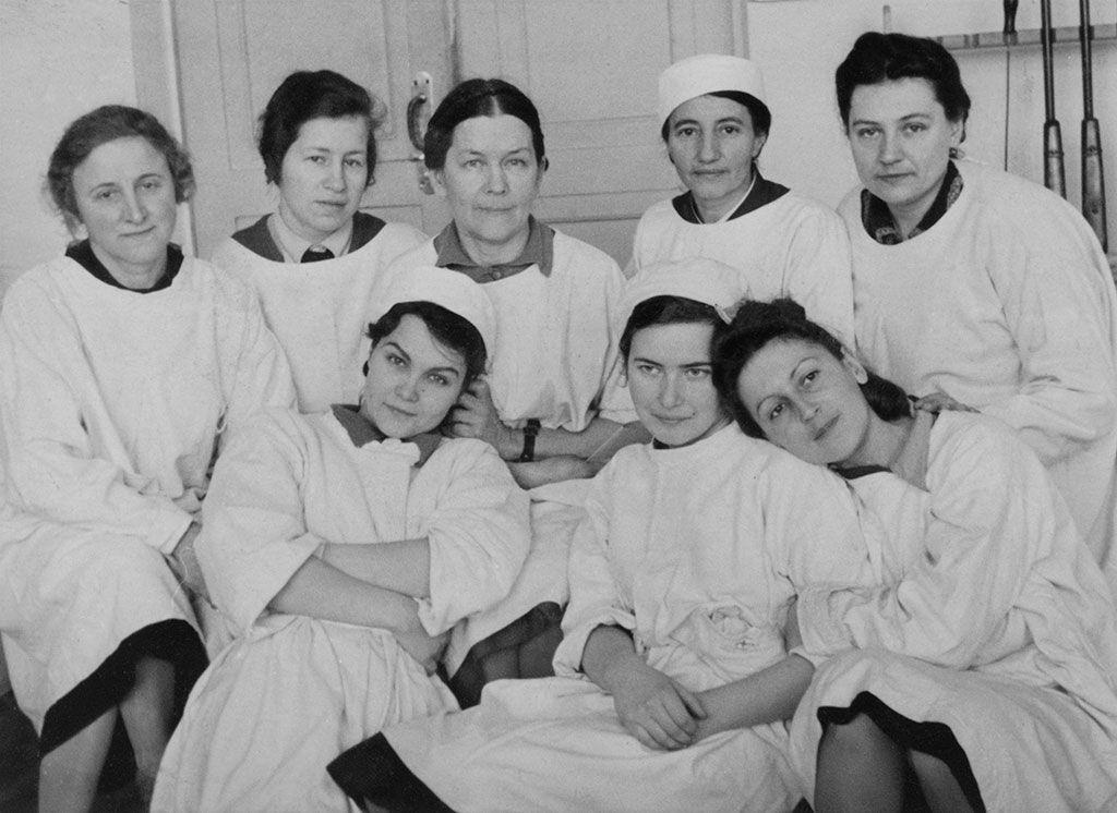 Выставка «Женщины в войне» фото 2