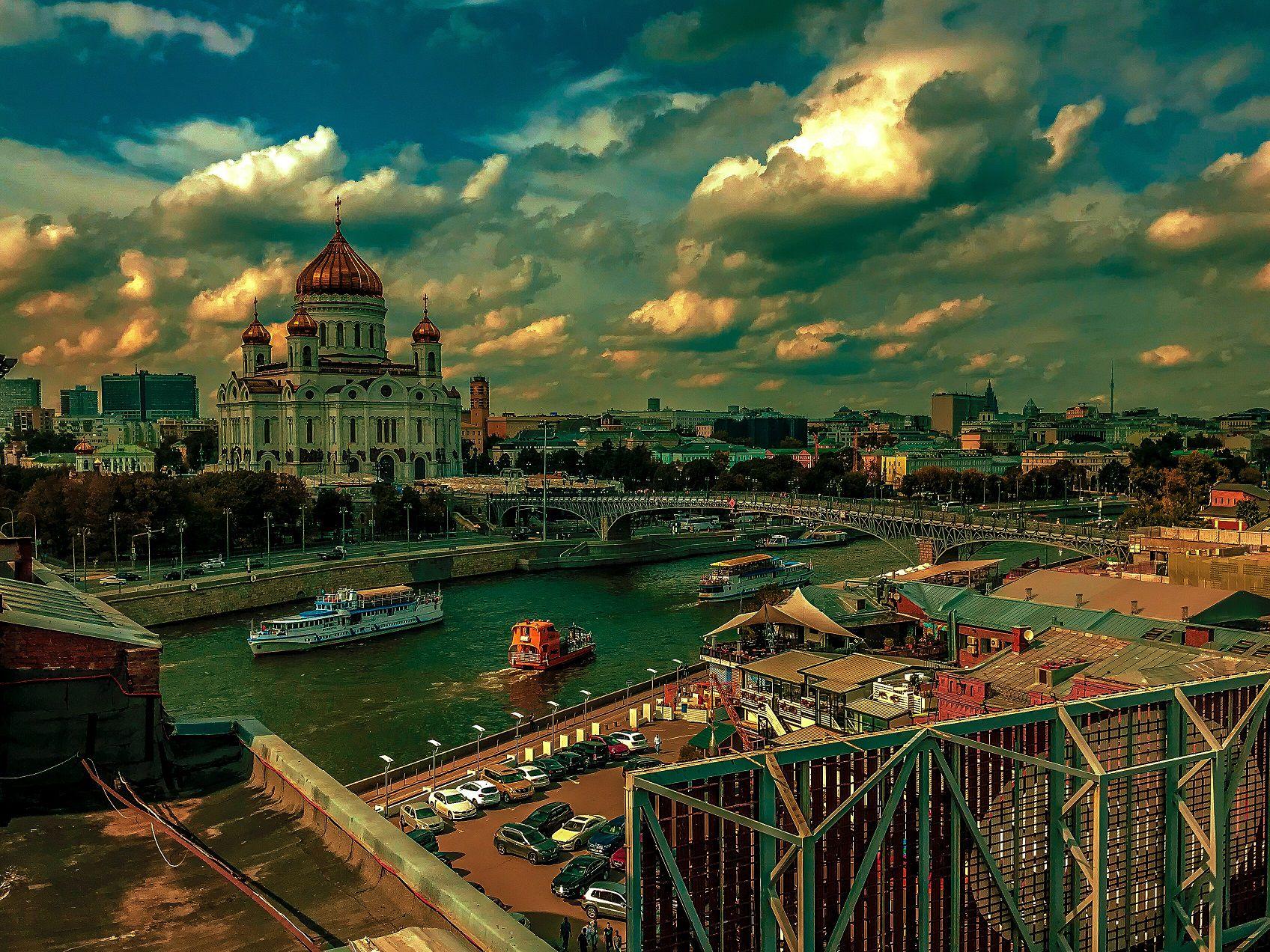 Экскурсия «Московские истории» с крыши «Красного Октября» на Берсеневской набережной