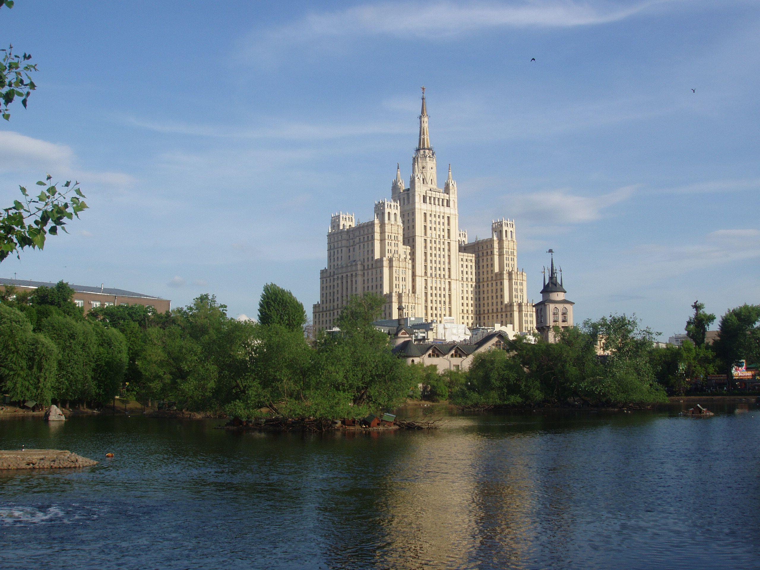 Автобусная экскурсия «Легенды и мифы сталинских высоток» фото 6