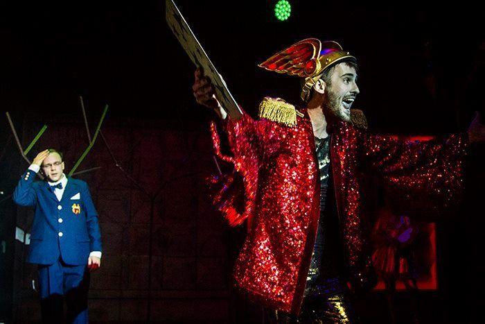 спектакль «Море деревьев» в постановке театра «Гоголь-центр» (Москва)