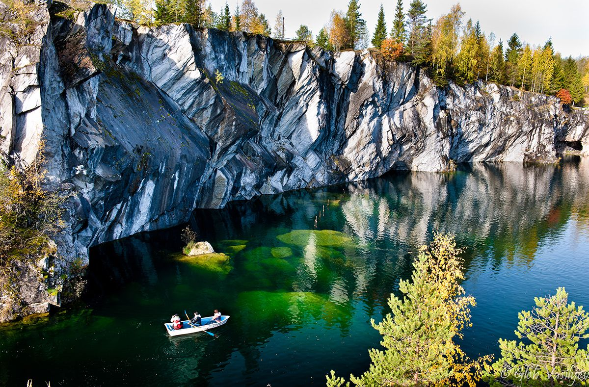 Неспроста именно там, еще в эпоху петра i, был создан первый российский курорт.