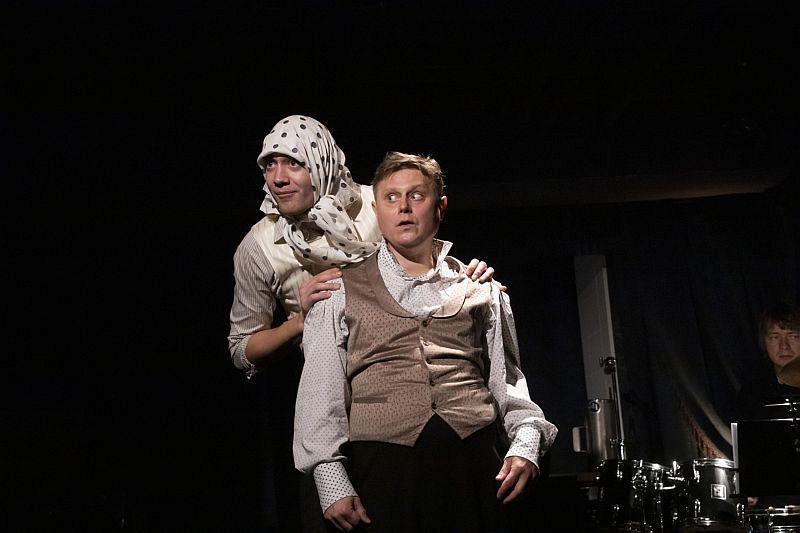 Спектакль «Сказка о попе и о работнике его Балде» в Арт-кафе Театра Вахтангова фото 3