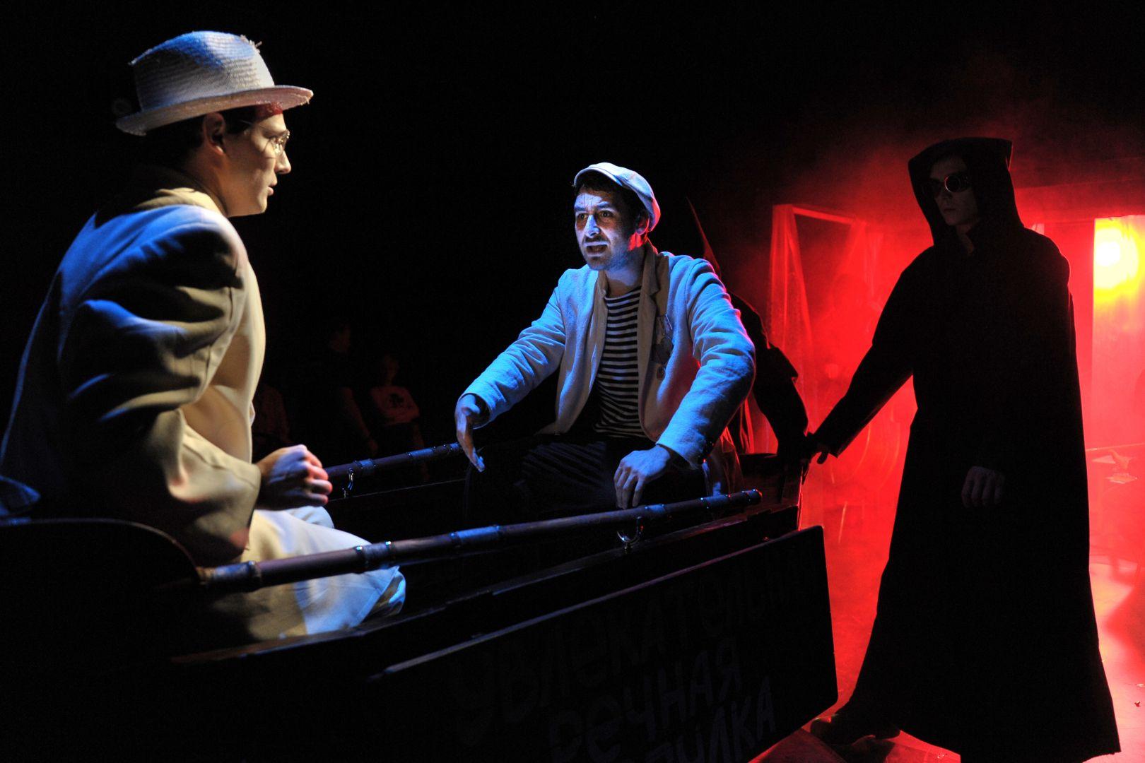 Спектакль «Лодочник» в Театре «Et Cetera» фото 7