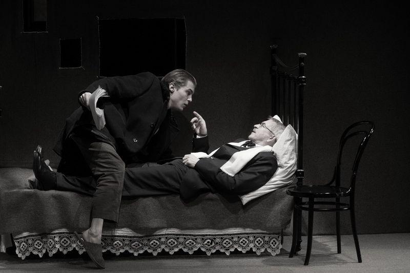 Спектакль «Записки покойника» в Студии театрального искусства фото 8