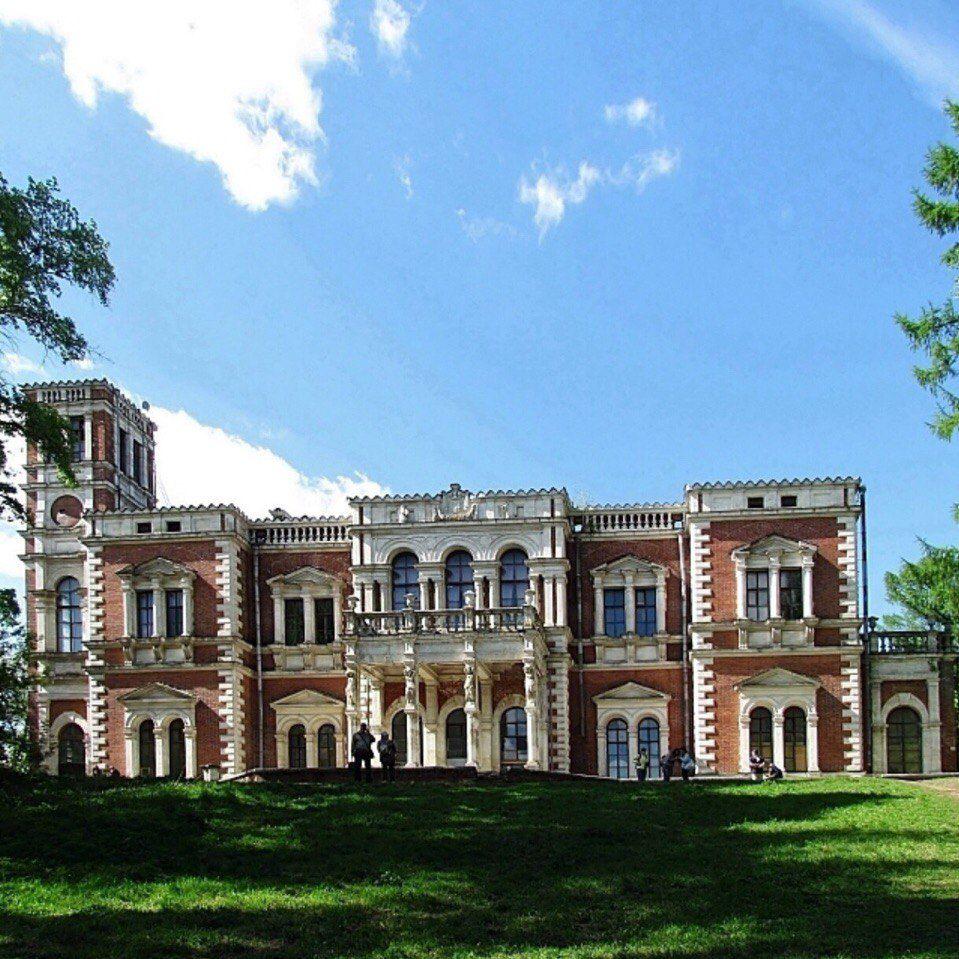 Автобусная экскурсия «Баженов. Усадьба Быково: дворец, готическая церковь и английский парк» фото 3
