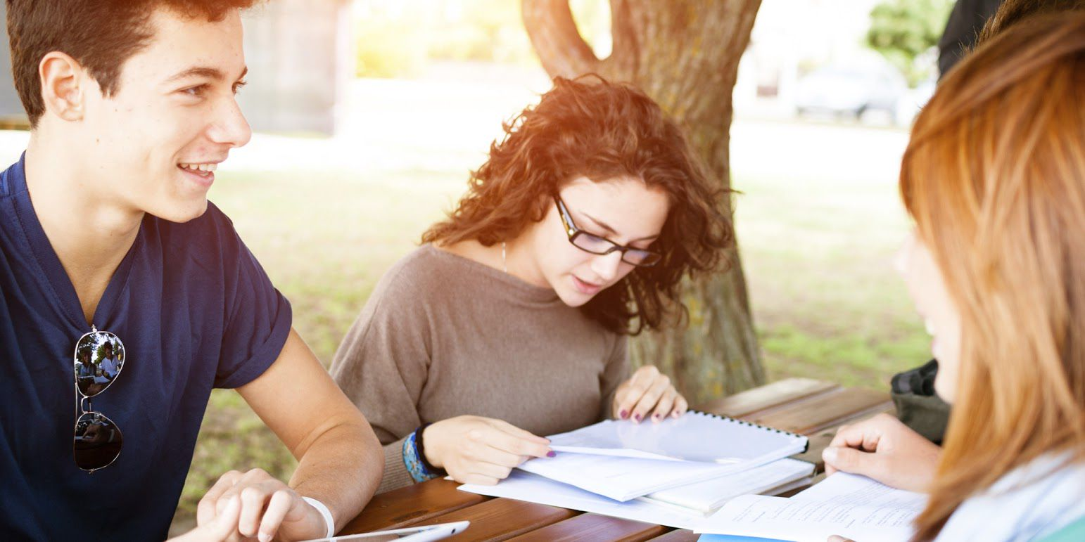 Fashion tips for university students 25