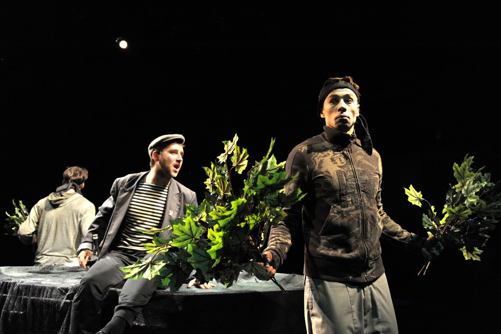 Спектакль «Лодочник» в Театре «Et Cetera» фото 2