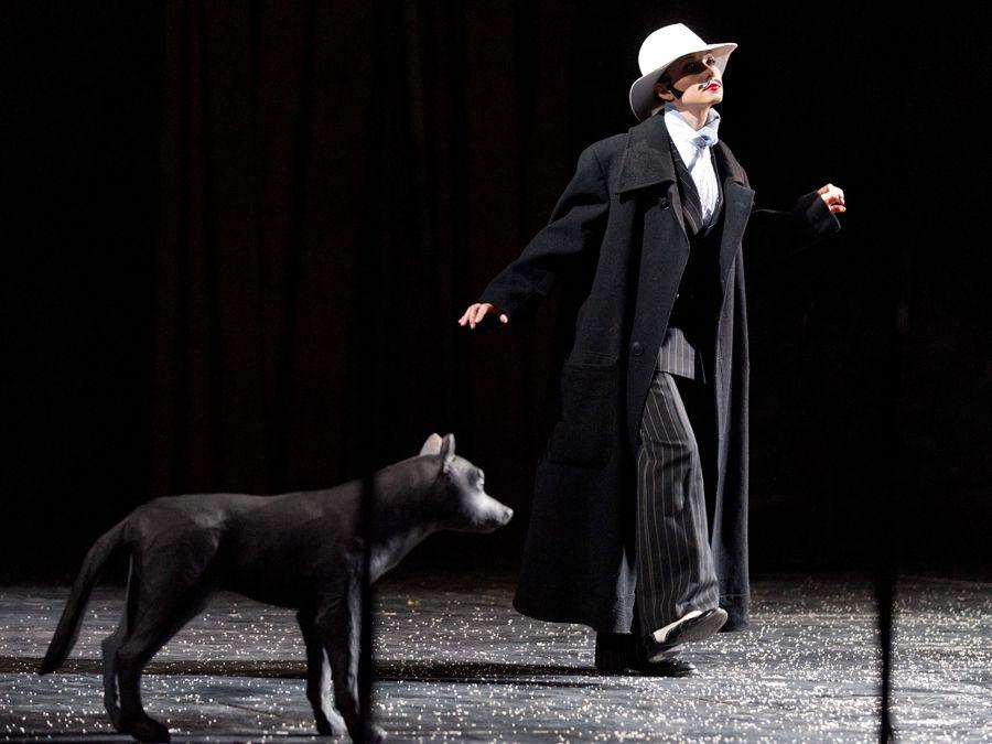 Спектакль «Добрый человек из Сезуана» в Театре имени А. С. Пушкина фото 1