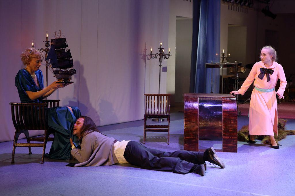 Спектакль «Горе от ума. Московские сны» в Театре «Школа драматического искусства» фото 6