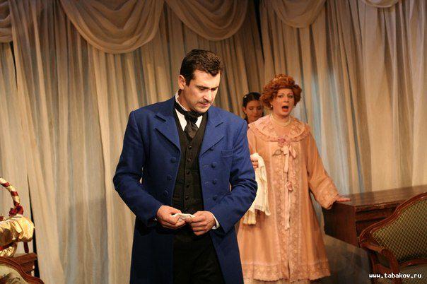 Спектакль «Женитьба Белугина» в Театре Олега Табакова фото 2