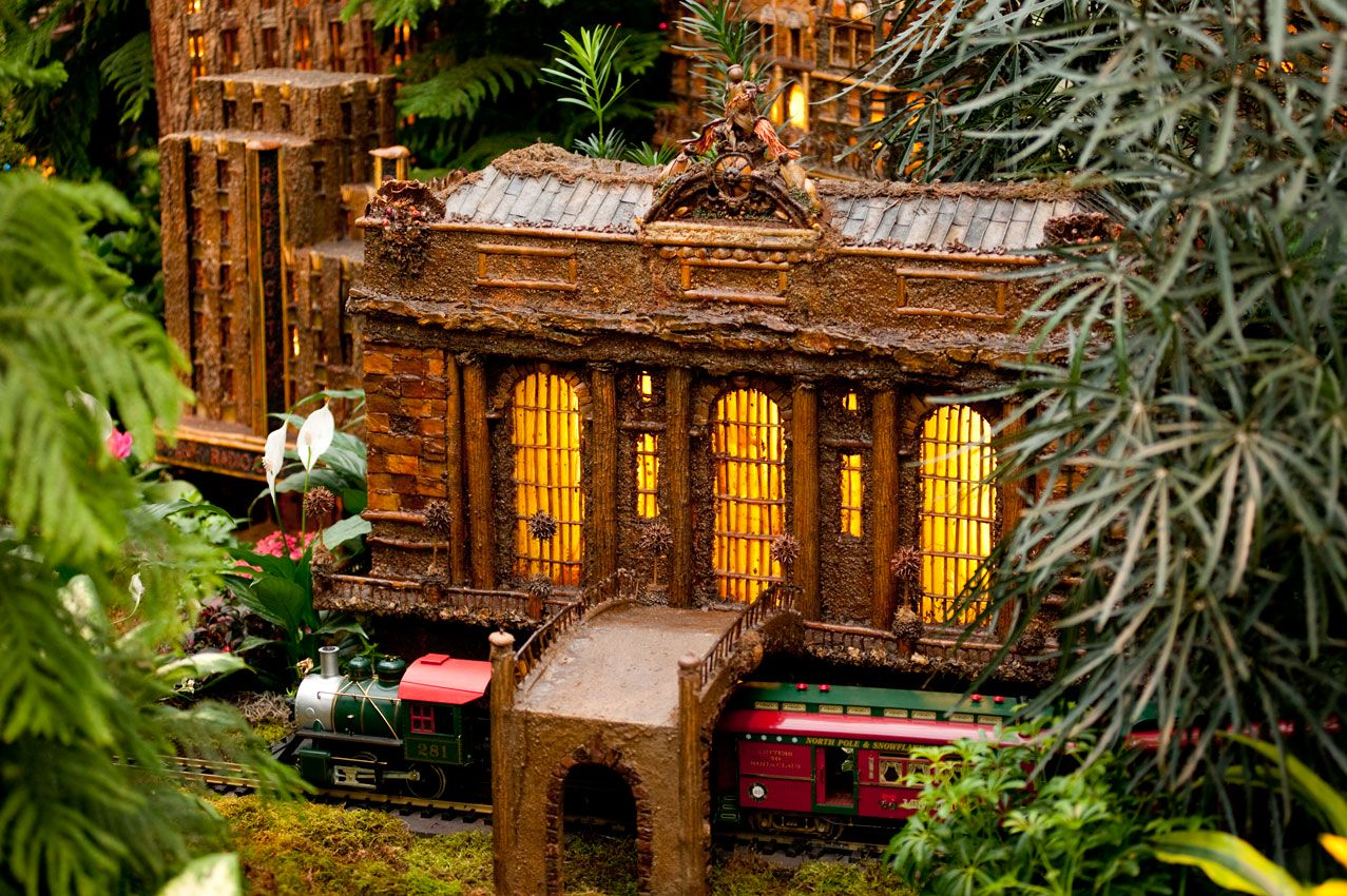 Brooklyn Botanical Garden Train Show - purplebirdblog.com -