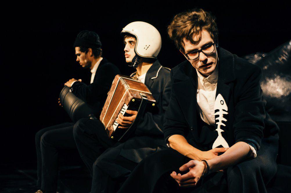 Спектакль «Пингвины» в Московском театре юного зрителя фото 9