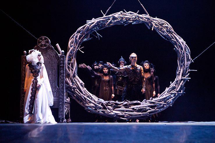 Спектакль «Демон» в Театре им. Ермоловой фото 6
