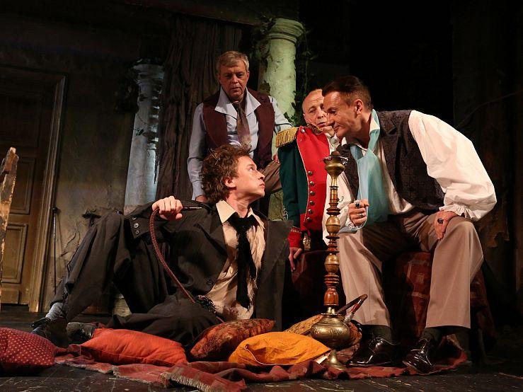 Спектакль «Игроки» в Театре им. Ермоловой фото 5
