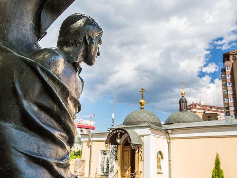 Экскурсия «Тайны Ваганьковского кладбища» по Ваганьковскому некрополю