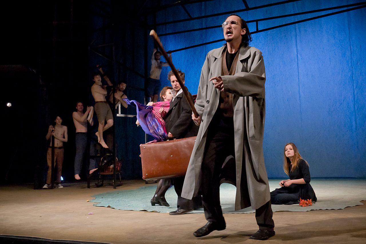 Спектакль «Стерва» в Театре «Эрмитаж» фото 2