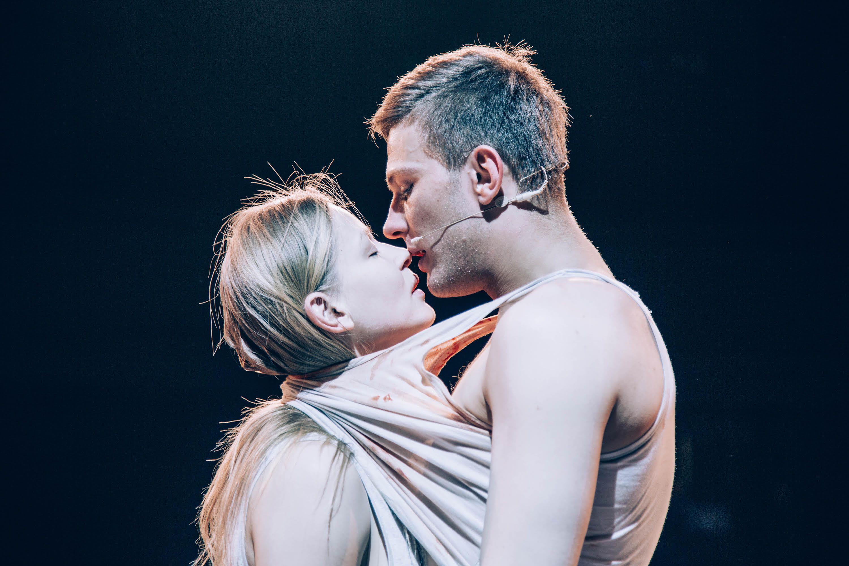 Спектакль «ГрозаГроза» в Театре Наций фото 3
