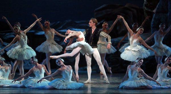 American ballet theatre fall 2014 new york for Antony tudor jardin aux lilas