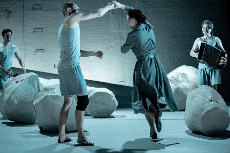 Спектакль «Спутники» в Театре на Таганке фото 6