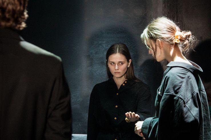 Спектакль «Раскол» в Театре имени Ермоловой фото 2