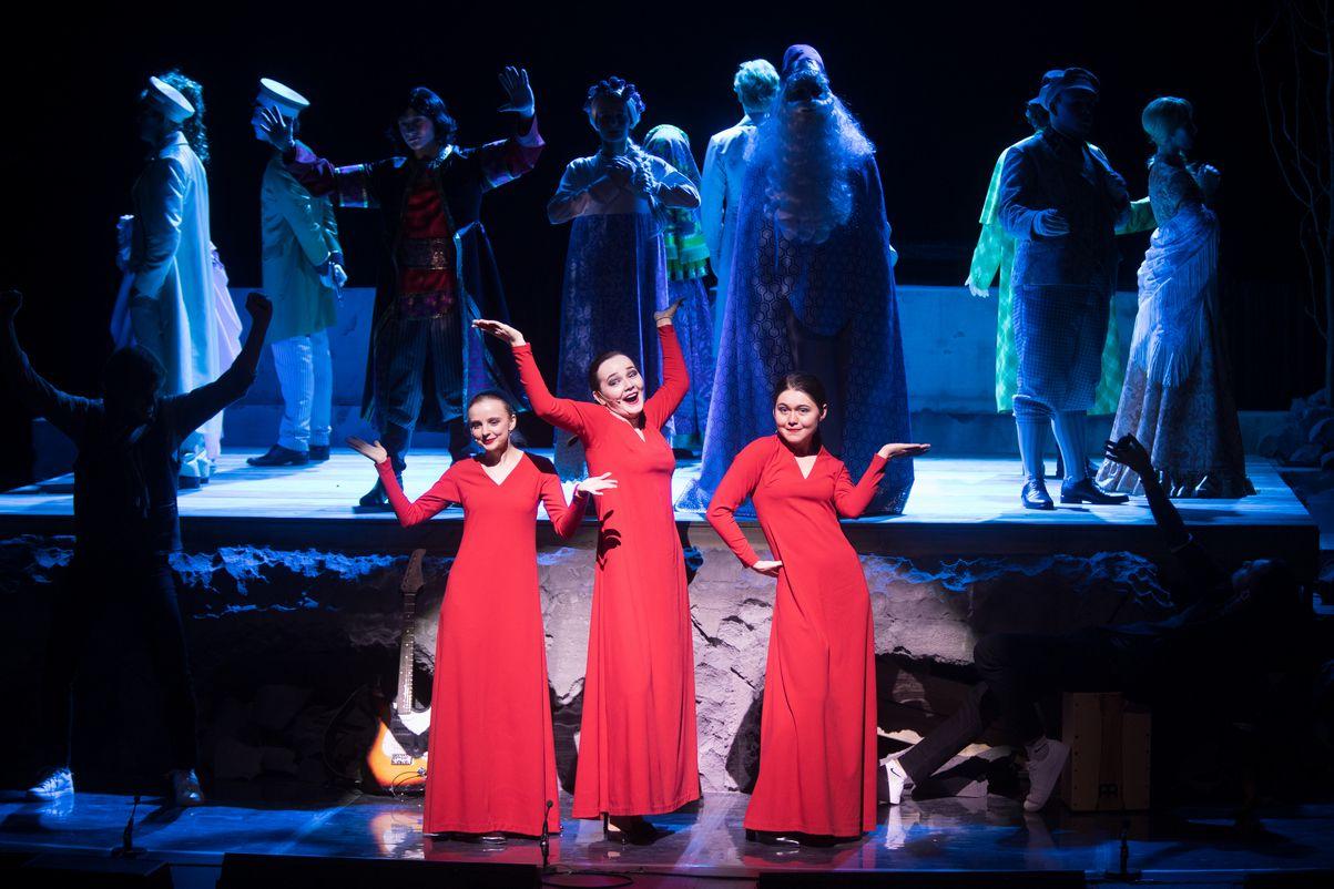 Спектакль «Шутники» в Театре «Сатирикон» фото 3