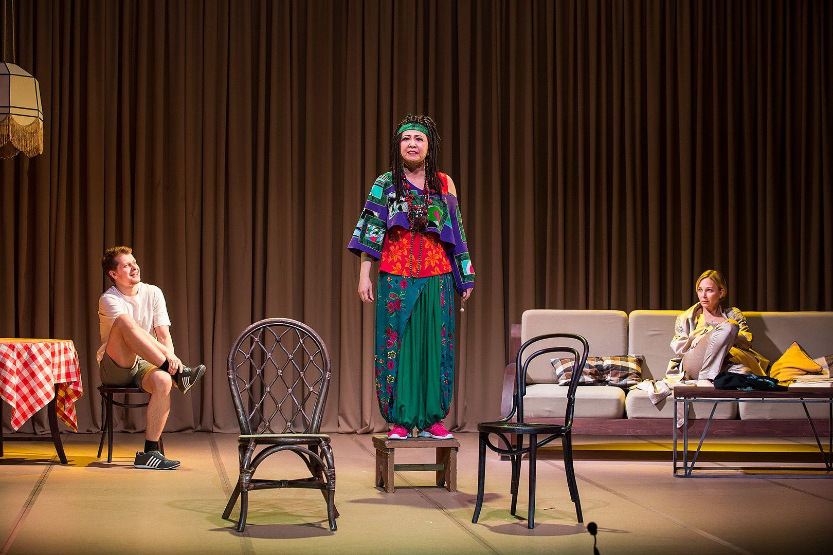 Спектакль «Ваня и Соня и Маша и Гвоздь» в театре «Сатирикон» фото 8