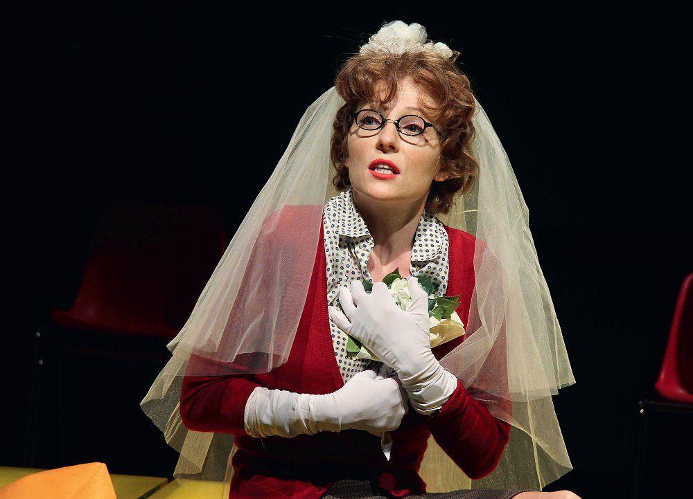 Спектакль «Летние осы кусают нас даже в ноябре» в Театре «Мастерская П. Н. Фоменко» фото 4