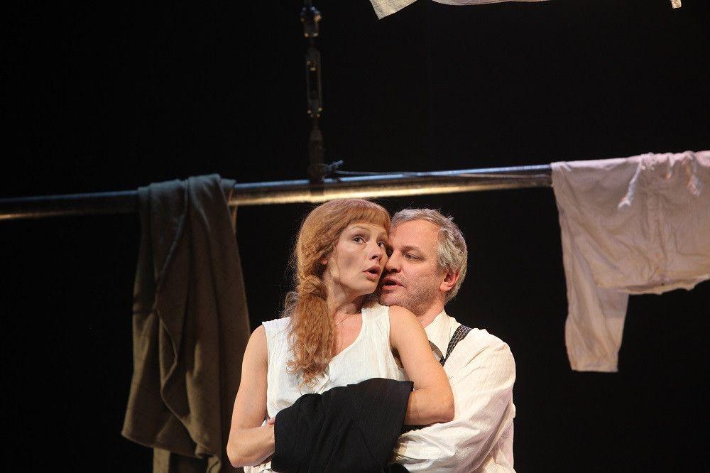 Спектакль «Враги. История любви» в Театре «Современник» фото 6