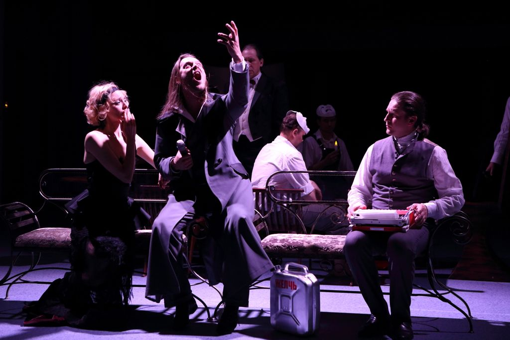 Спектакль «Горе от ума. Московские сны» в Театре «Школа драматического искусства» фото 1