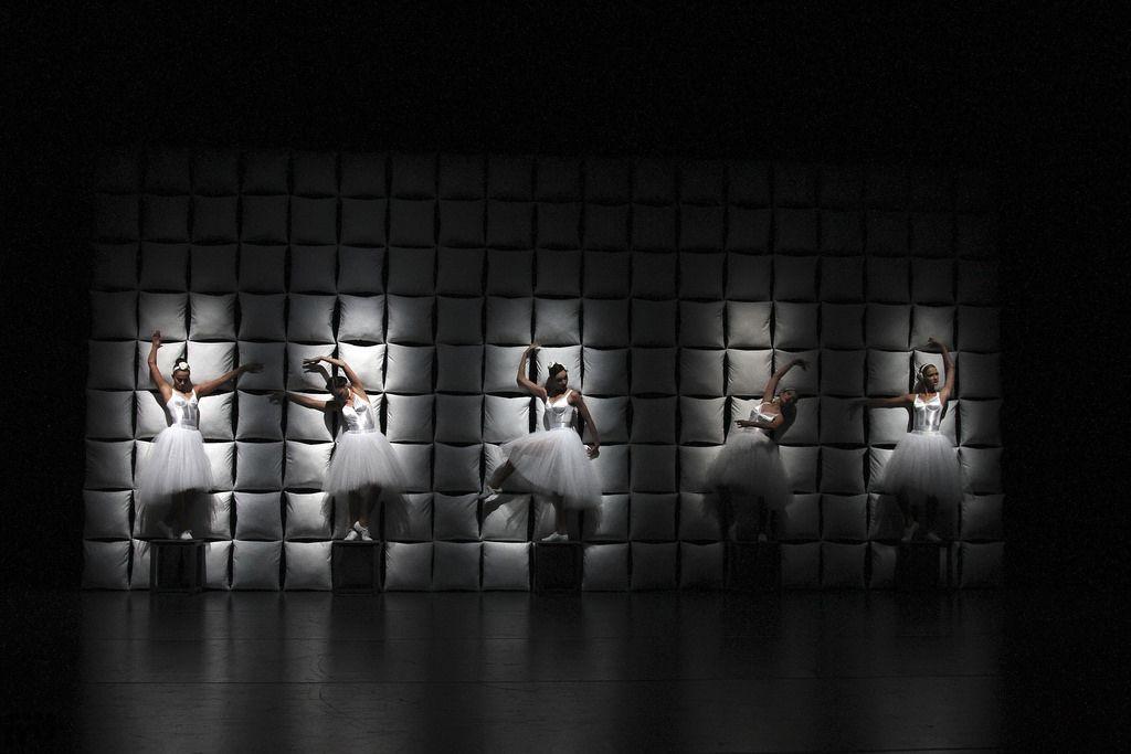 Спектакль «Мужчины и женщины» в Театре им. Вахтангова фото 1