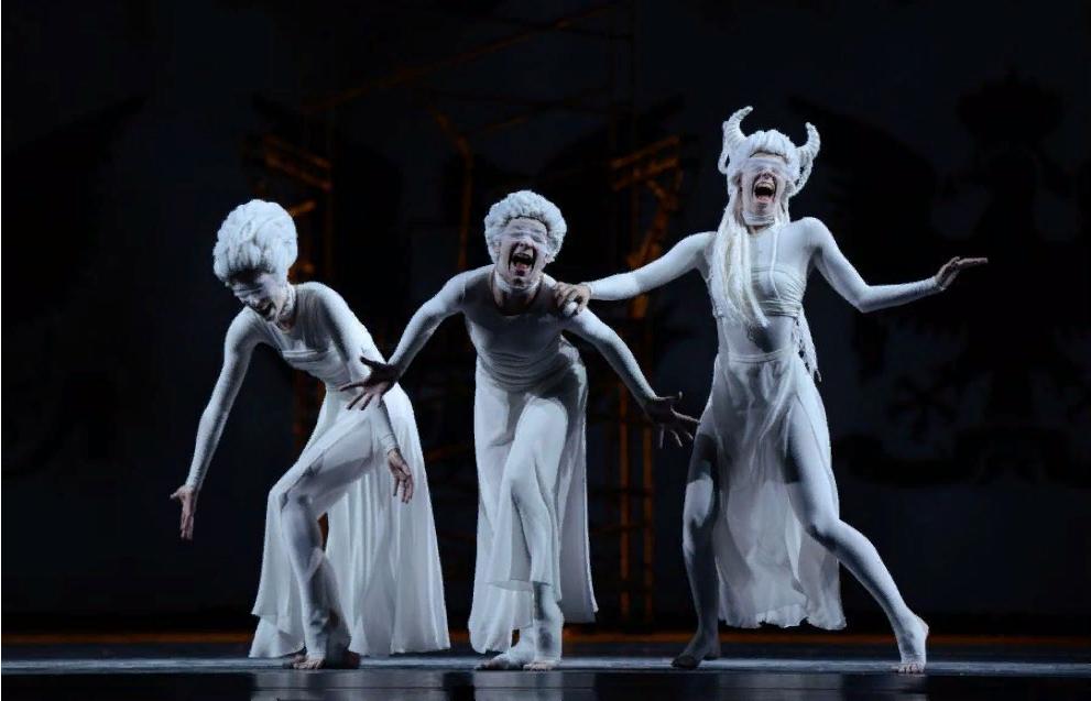 балет «Симфония в трех движениях» на Второй сцене Мариинского театра