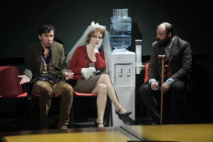 Спектакль «Летние осы кусают нас даже в ноябре» в Театре «Мастерская П. Н. Фоменко» фото 3