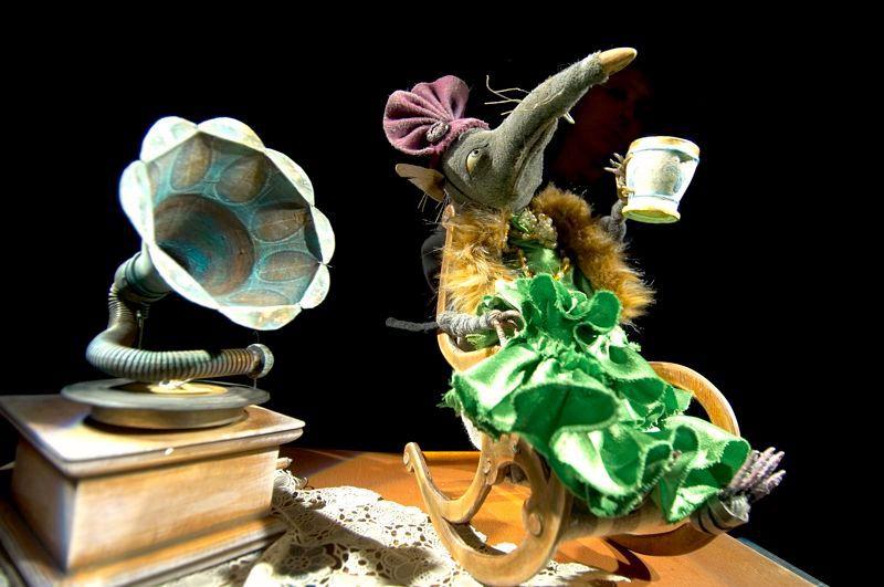 Спектакль «Ленинградка» в Театре кукол им. С. В. Образцова фото 3
