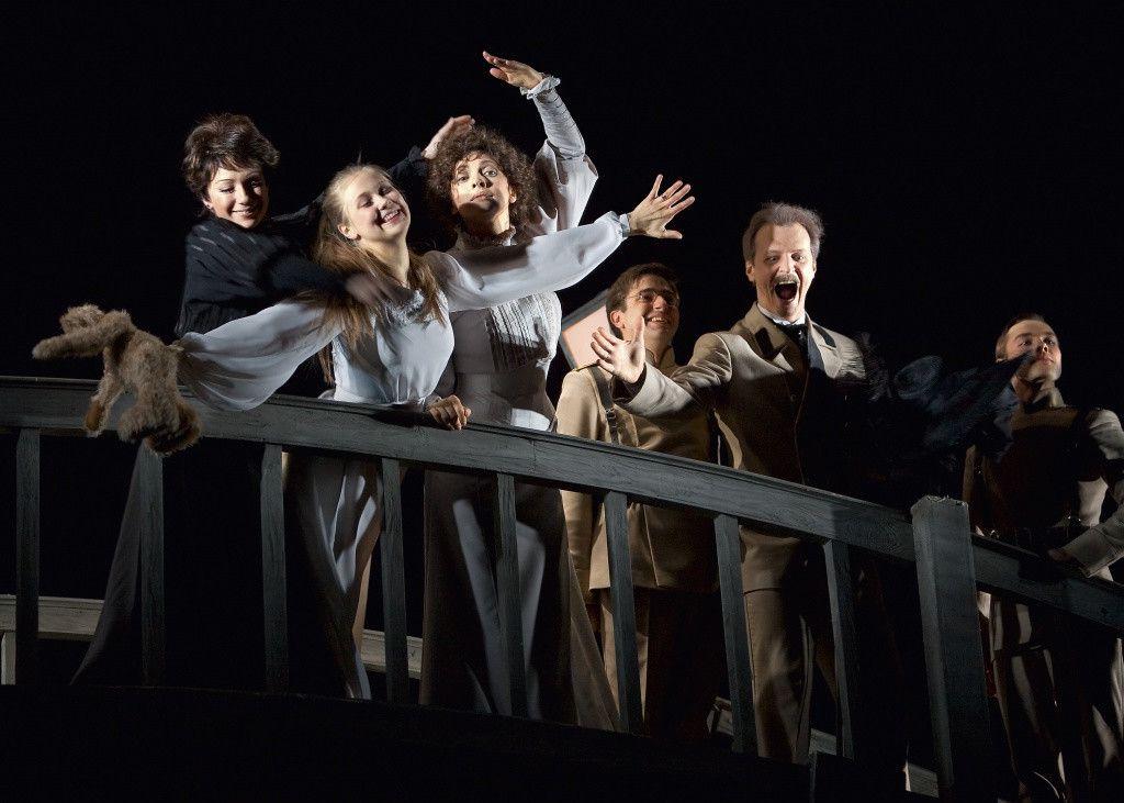 Спектакль «Три сестры» в Театре «Современник» фото 7