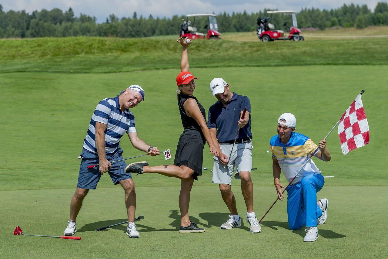 Игра в гольф фото 3