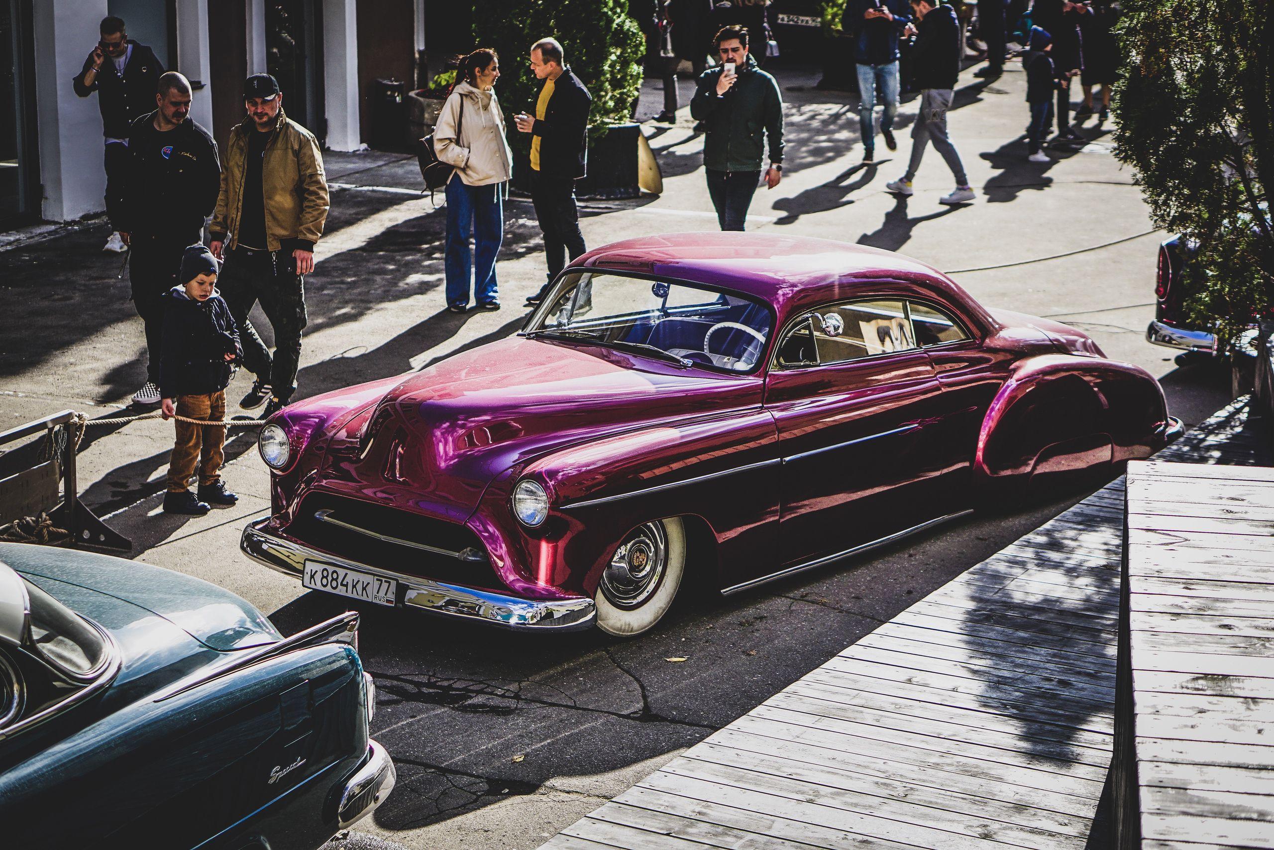 Выставка автомобилей Wheels & Chains фото 1