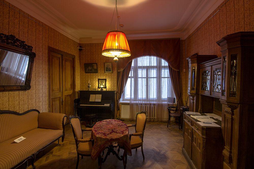 Онлайн-экскурсия по Музею Михаила Булгакова фото 2