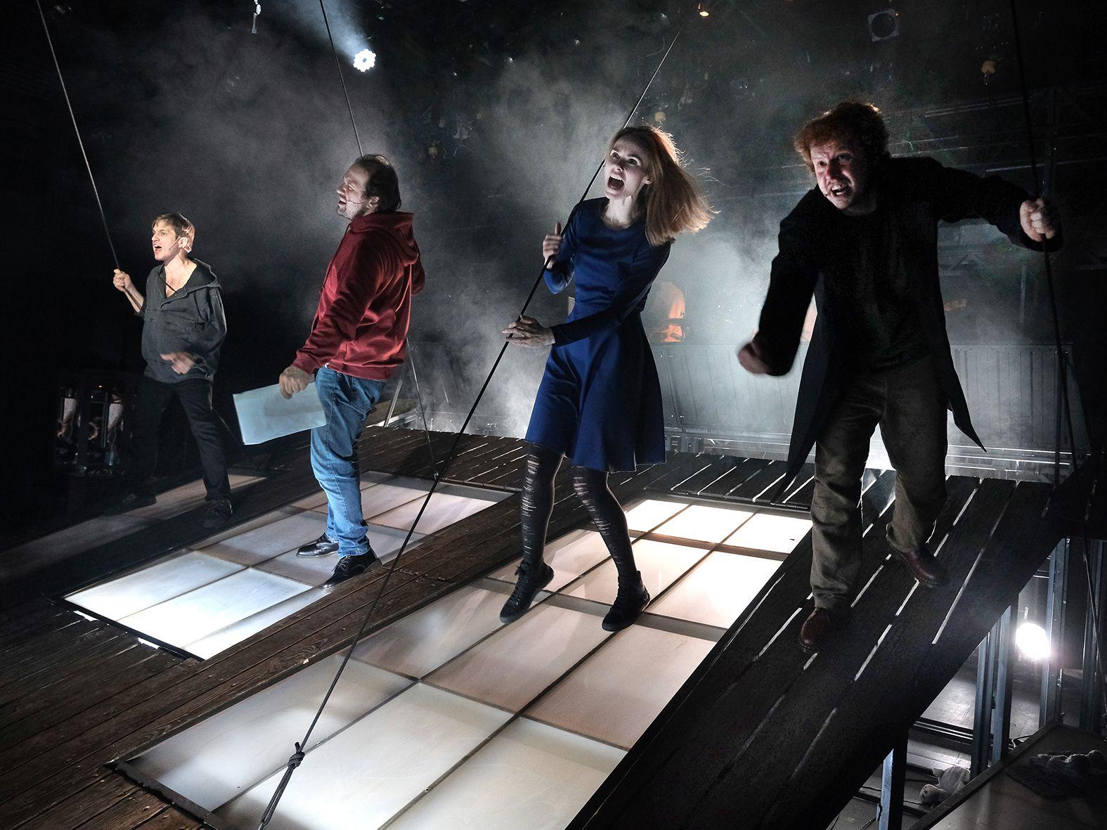 Спектакль «#Осторожнобасни» в Театре Et Cetera фото 4