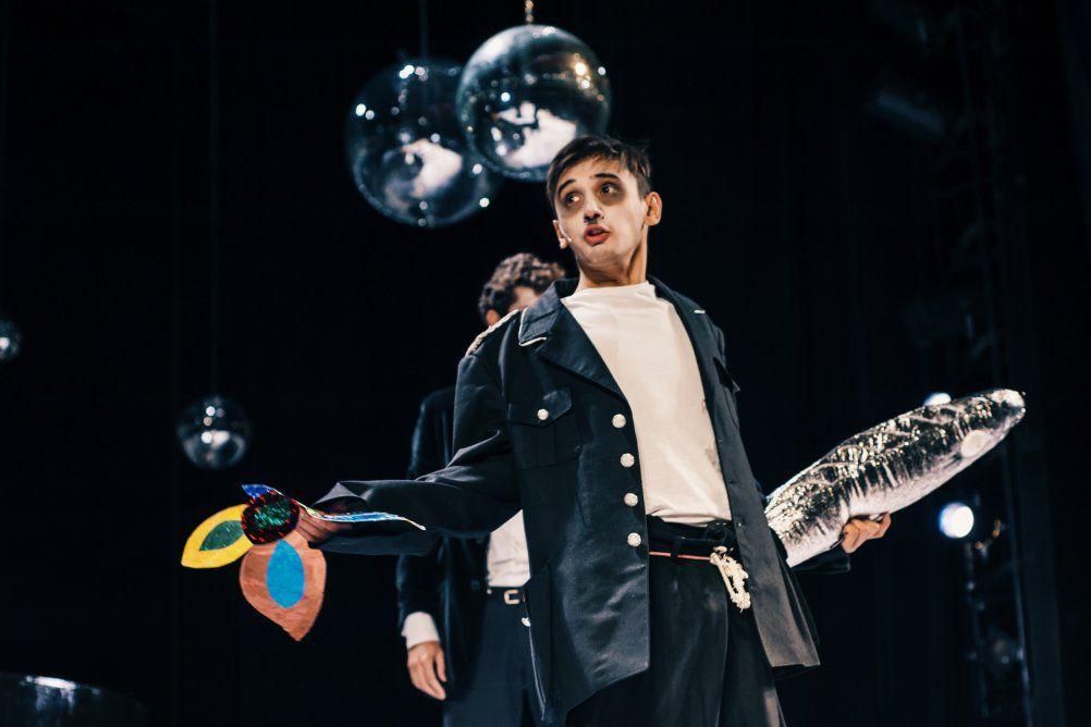 Спектакль «Пингвины» в Московском театре юного зрителя фото 8