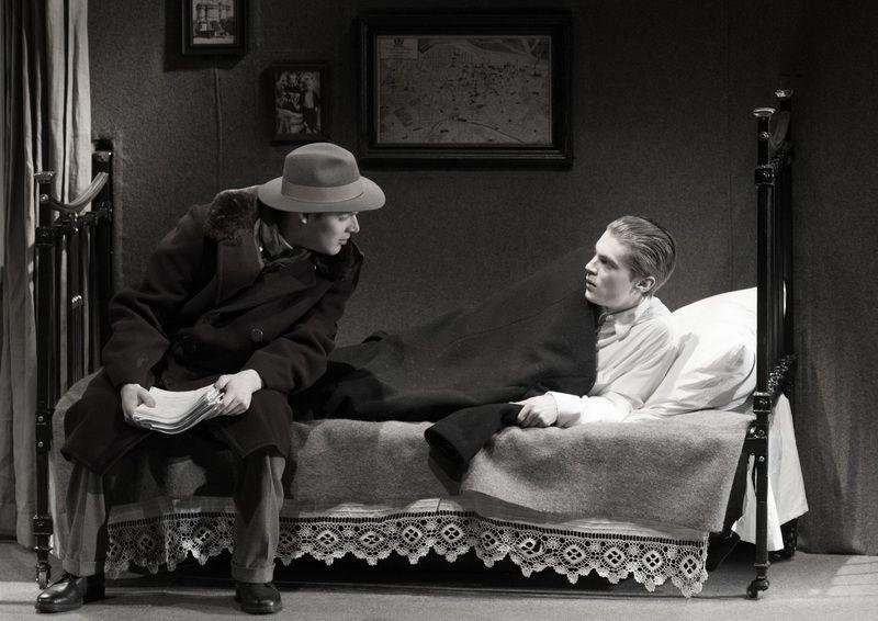 Спектакль «Записки покойника» в Студии театрального искусства фото 3