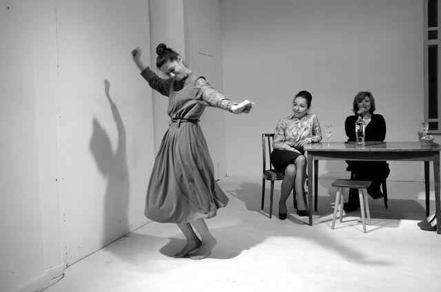 Спектакль «День рождения Смирновой» в Московском театре юного зрителя фото 1
