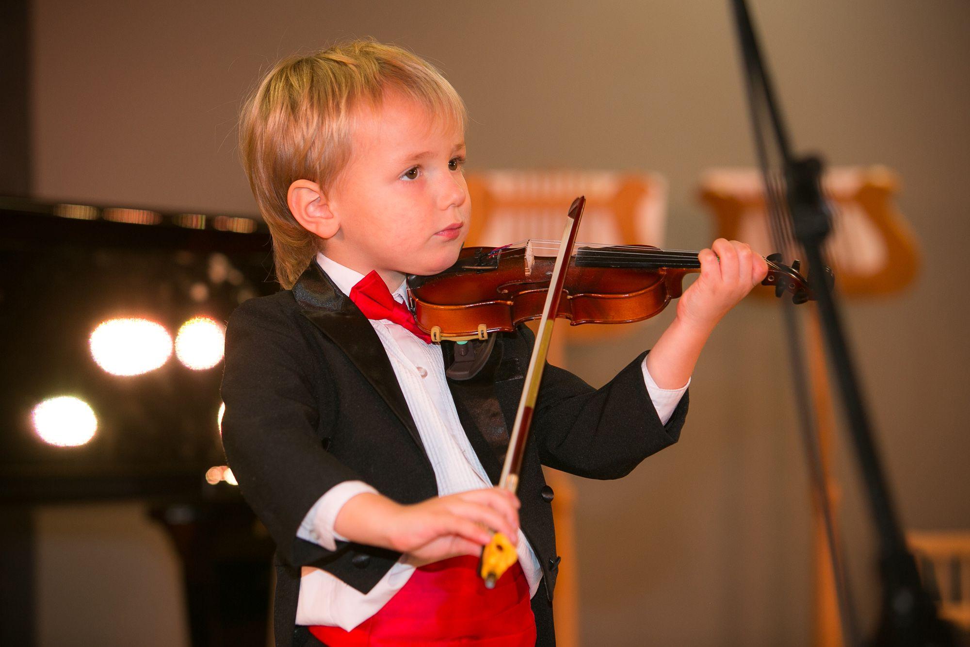Картинки скрипки и ребенка