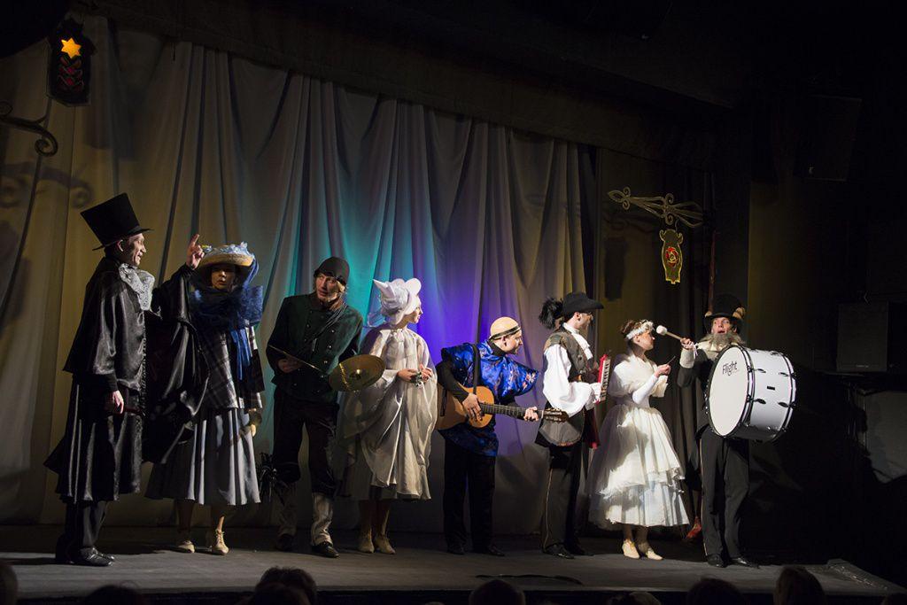 Спектакль «Огниво» в Московском театре кукол на Спартаковской фото 2