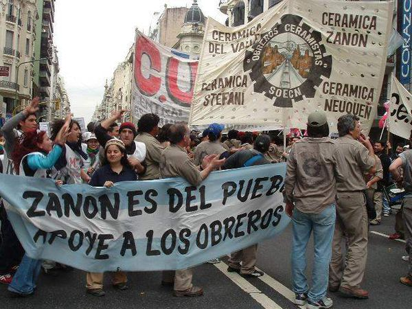 the factors that contributed to the financial crisis in argentine between 1999 and 2002 The world bank and the international monetary after the southeast asian financial crisis and the deceived during the argentine crisis of 2001/2002.