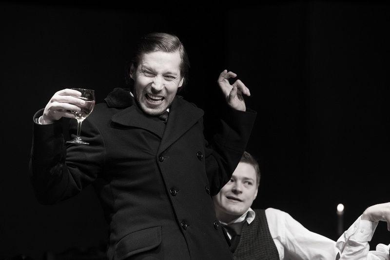 Спектакль «Игроки» по пьесе Н. В. Гоголя в Студии театрального искусства фото 3