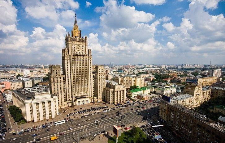 Экскурсия «Легенды сталинских высоток» от туристической компании Delta со скидкой до 39% фото 3