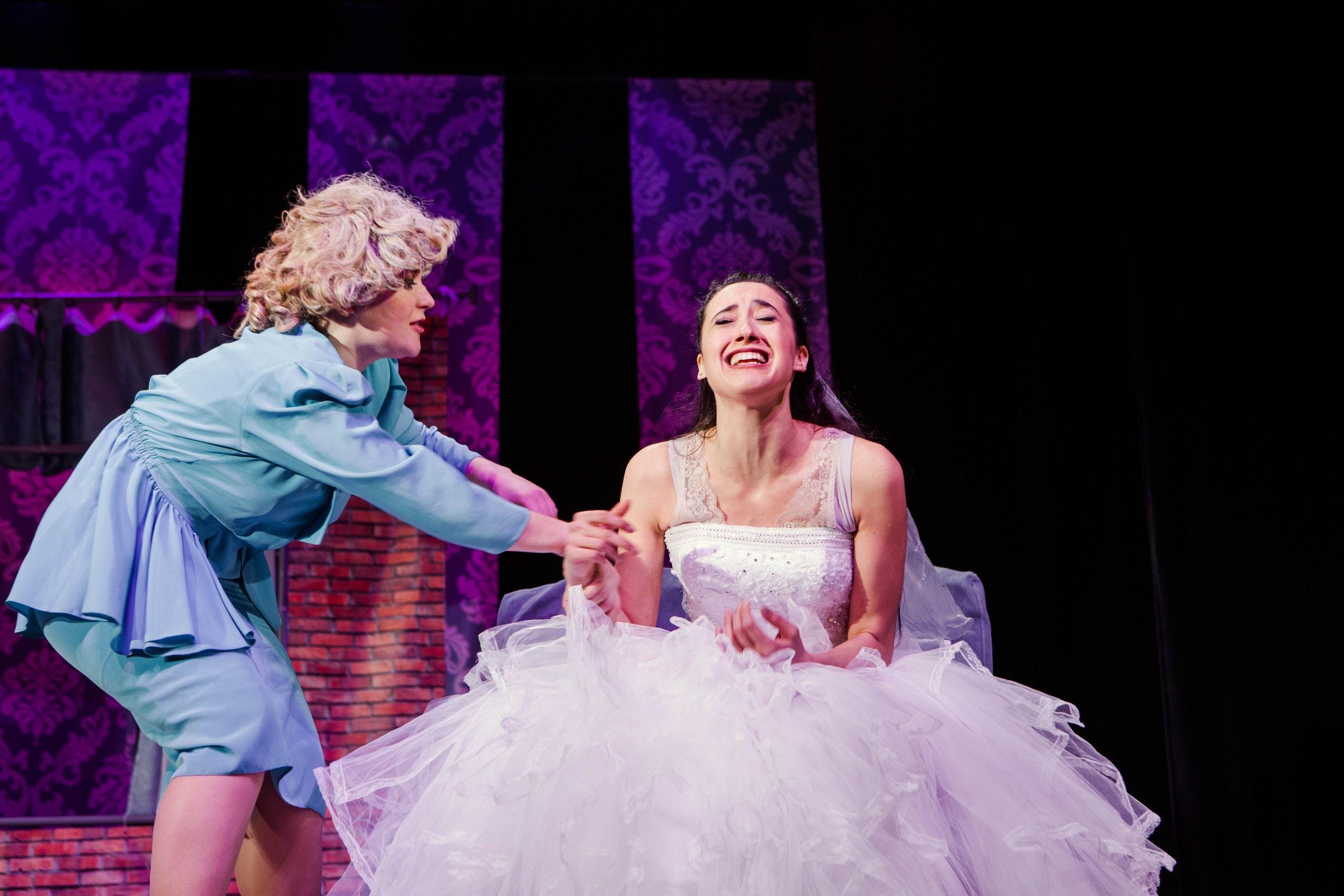 Спектакль «Пила вино и хохотала. Белое» в постановке «Театра двух» (Санкт-Петербург) фото 7