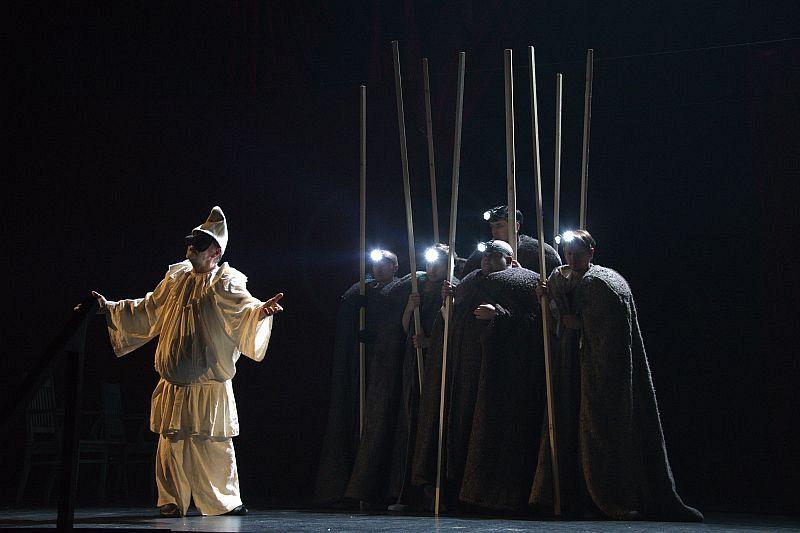 Спектакль «Мнимый больной» в Театре им. Вахтангова фото 7