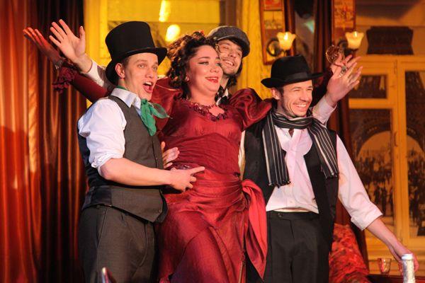 Спектакль «Наши за границей» в Театре «Сфера» фото 1