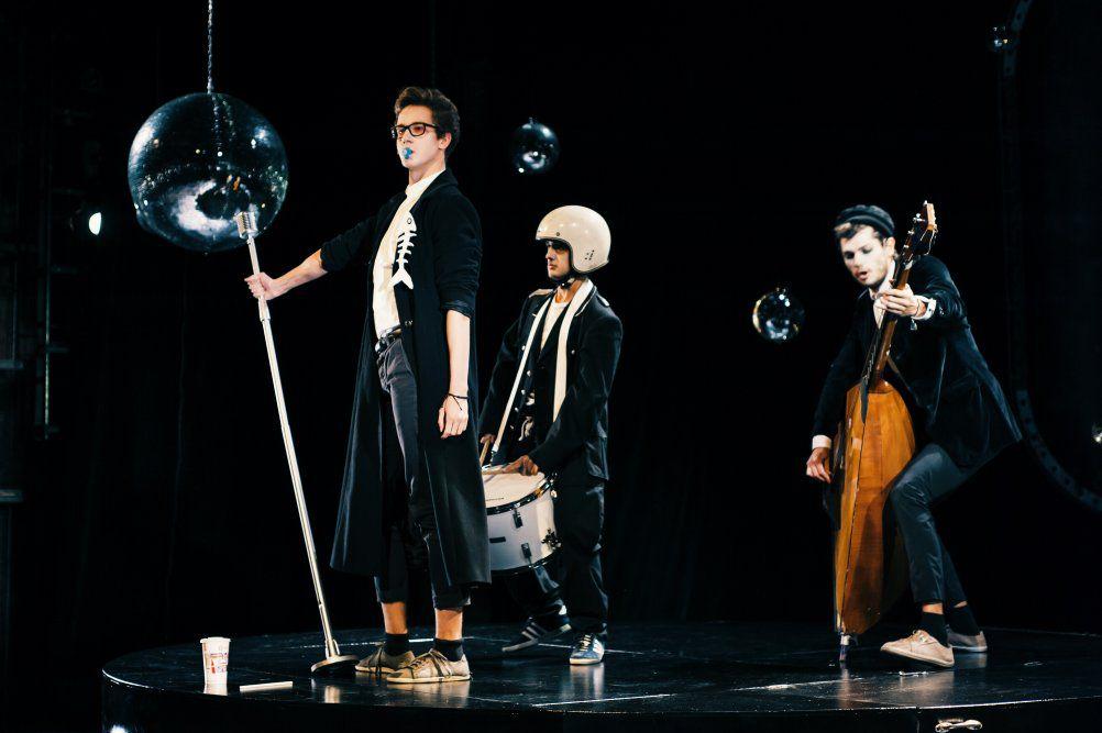 Спектакль «Пингвины» в Московском театре юного зрителя фото 6